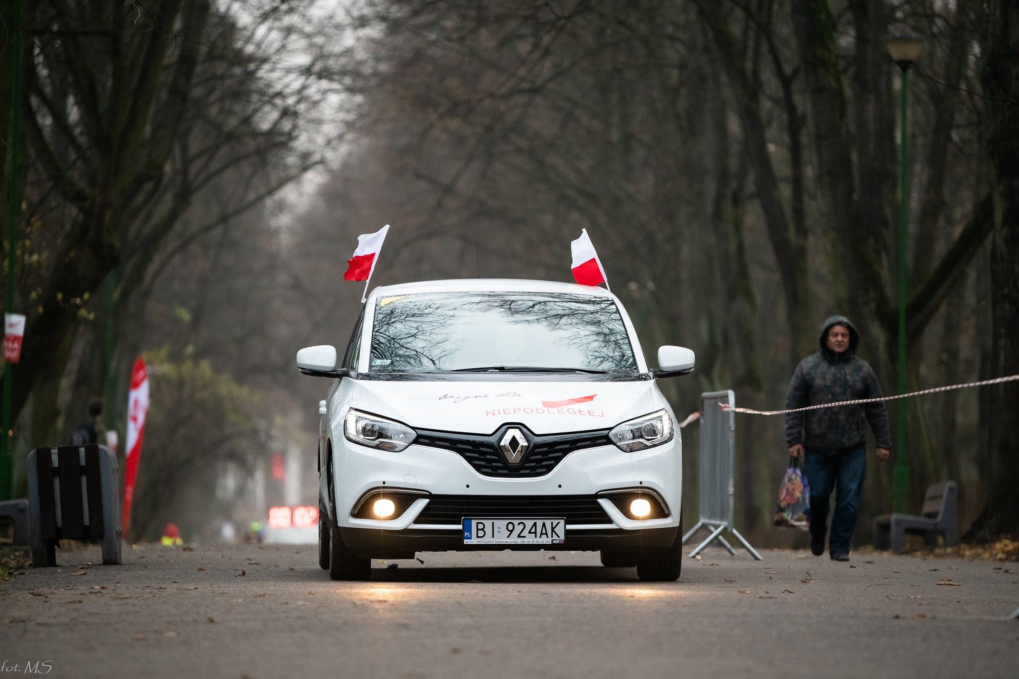 Renault Sponsorem biegu